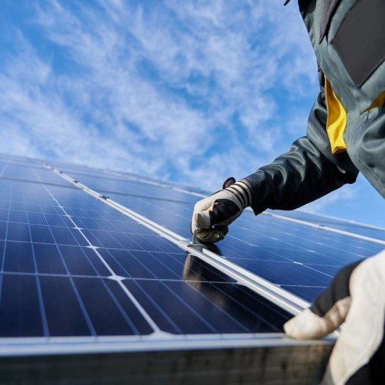Montaz-paneli-fotowoltaicznych-ecocollect